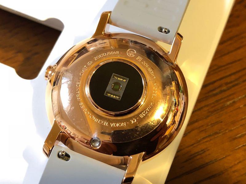 Nokiaのスマートウォッチ Steel HR カラーローズゴールド