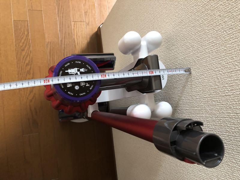 ダイソンV10フラフィ コードレス掃除機 レビュー 収納
