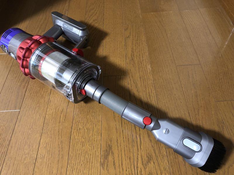 ダイソンV10フラフィ コードレス掃除機 レビュー 伸縮ノズル